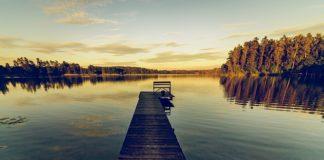 Jedziesz nad jezioro? Nie zapomnij zabrać tego!