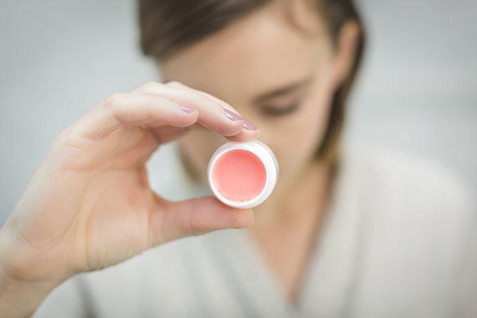 Czego nie znajdziemy w kosmetykach naturalnych?