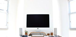 Fotel biurowy do pracy na komputerze. Jak wybrać najlepszy model?