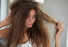 Jak odżywić suche i łamliwe włosy?