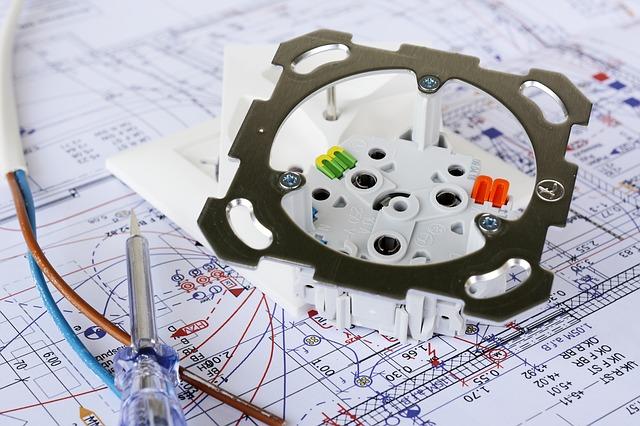 Jak wygląda proces montażu kontraktowego w praktyce?